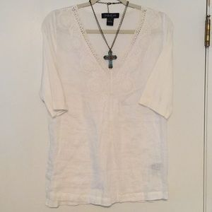 Cute top- linen front w/lace and cotton back